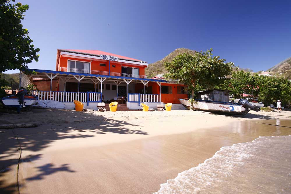 Reservation hotel lo bleu aux saintes en guadeloupe for Hotels guadeloupe