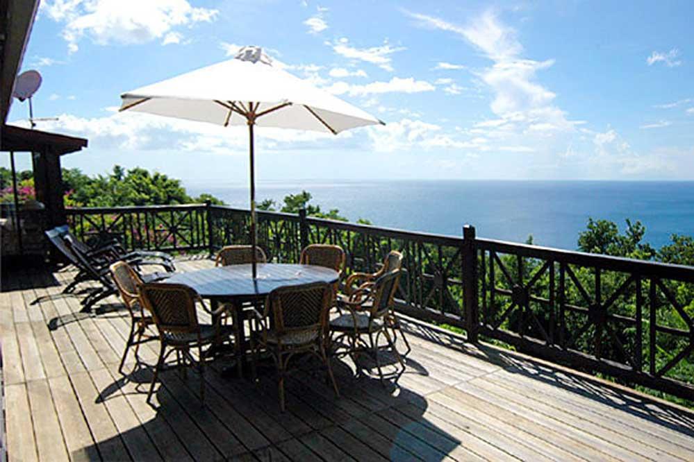 Location villa de luxe en guadeloupe piscine 8 for Villa deshaies avec piscine