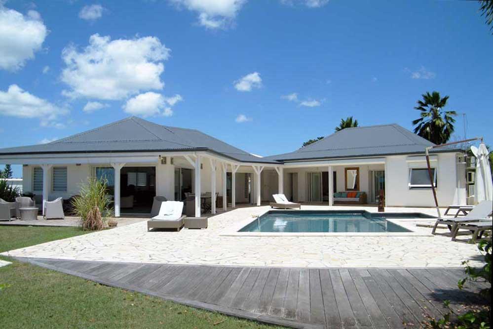 location villa de prestige en guadeloupe 10 personnes sainte anne. Black Bedroom Furniture Sets. Home Design Ideas