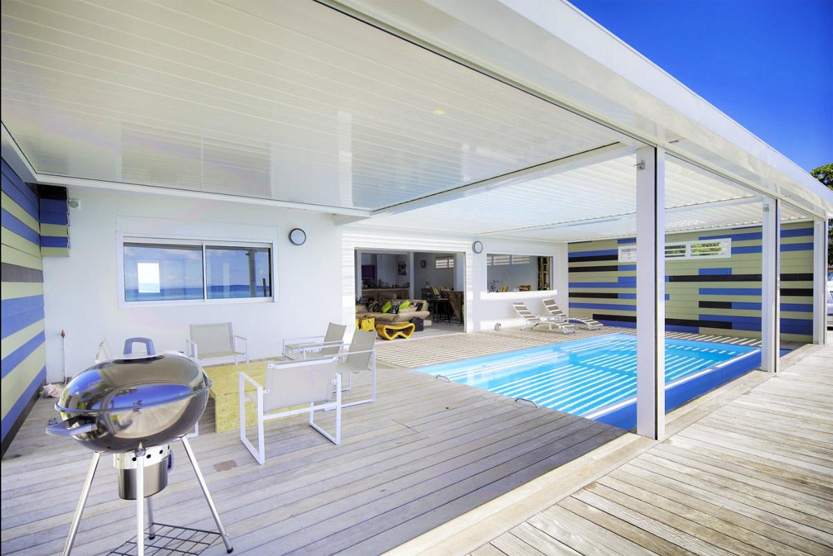 Location guadeloupe appartement de prestige avec piscine for Appartement piscine