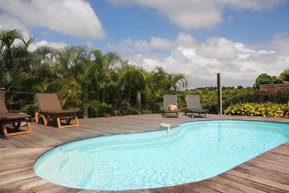 Location villa guadeloupe villa alexandra 6 personnes for Villa a louer agadir avec piscine